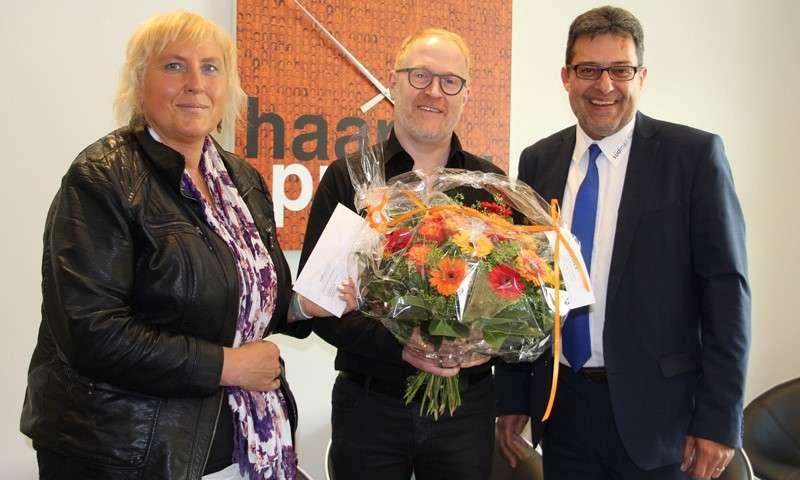 Andreas Schmauder gewinnt Südmail-Blumenstrauß