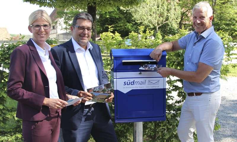 südmail feiert zum 20. Jubiläum den 150. Geburtstag der Postkarte – Gratis-Aktion im Oberschwäbischen Museumsdorf Kürnbach!