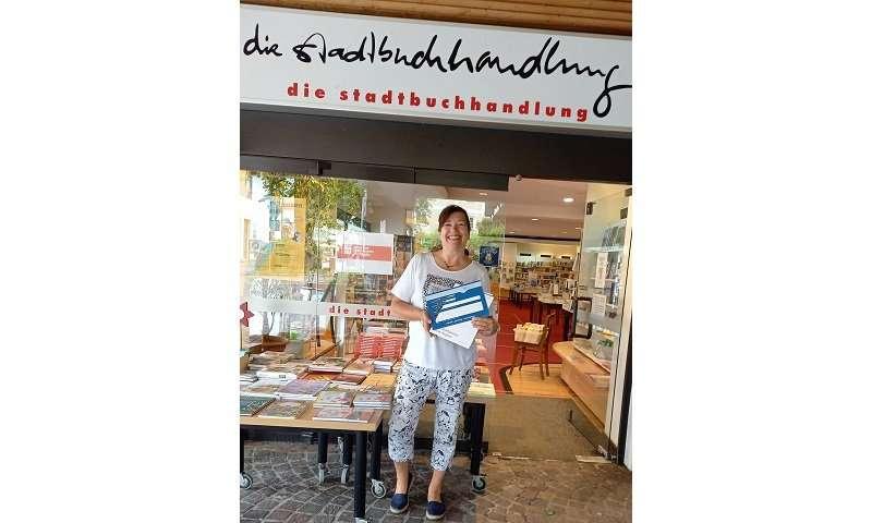 Stadtbuchhandlung in Leutkirch bietet seit kurzem südmail-Briefmarken an